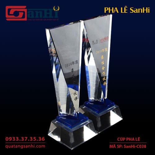 Cúp Pha Lê SanHi-C038