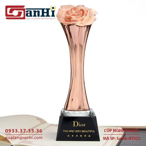 Cúp Nghệ Thuật SanHi-NT022