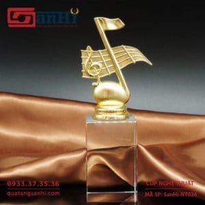 Cúp Nghệ Thuật SanHi-NT024