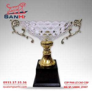 Cúp pha lê tô quai thân vàng cao cấp SanHi-LT007