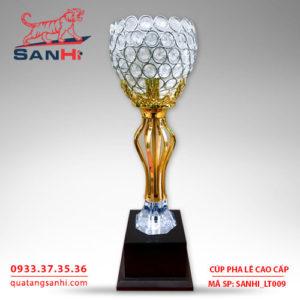 Cúp pha lê cao cấp chén thân vàng SanHi-LT009