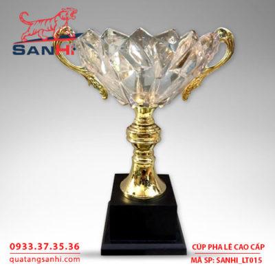 Cúp pha lê tô quai thân vàng cao cấp SanHi-LT015