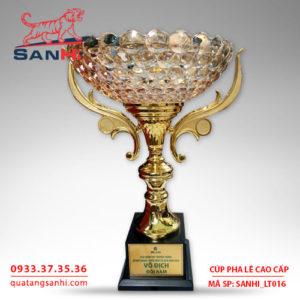 Cúp pha lê tô quai thân vàng cao cấp SanHi-LT016