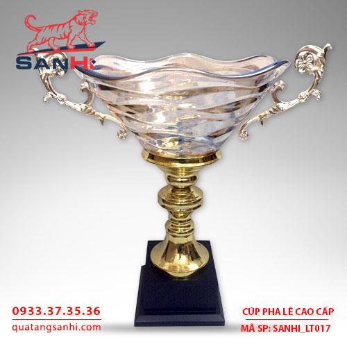 Cúp pha lê tô quai thân vàng cao cấp SanHi-LT017