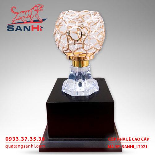 Cúp pha lê chén vàng cao cấp SanHi-LT021