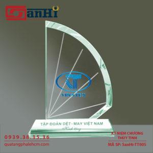 Kỷ niệm chương thuỷ tinh SanHi-TT005