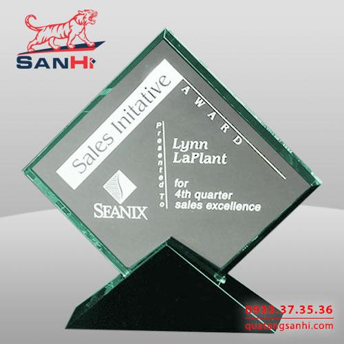 Kỷ niệm chương thuỷ tinhSanHi-TT012