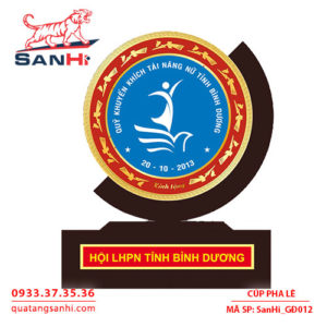 Ky Niem Chuong Go Dong SanHi-GĐ012