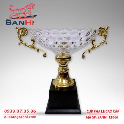 Cúp pha lê cao cấp tô quai thân vàng SanHi-LT006