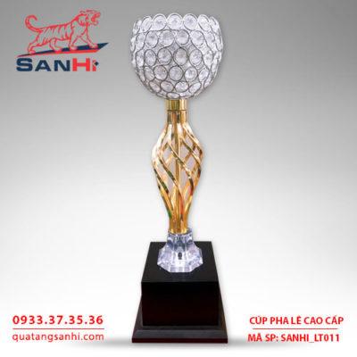 Cúp pha lê cao cấp chén thân vàng SanHi-LT011