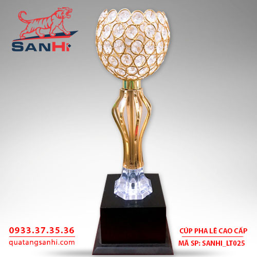 Cúp pha lê chén thân vàng cao cấp SanHi-LT025