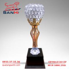 Cúp pha lê chén thân vàng cao cấp SanHi-LT026